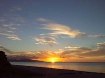 コンドイビーチからの夕日