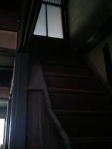【押入階段】