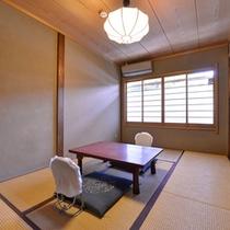 【訳あり和室】改装させて頂いており、現在の畳6畳となりますので少し小さめになっております。