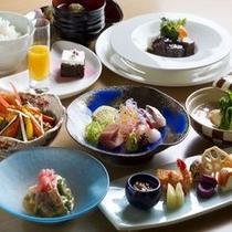 【ウィズ】わんちゃんとのお食事を専用会場でお楽しみ頂けます。