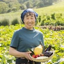 【大西さんの野菜】洞爺の大自然のなかで伸び伸びと、そして丁寧に育てられています。