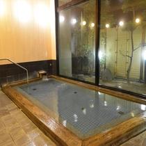 桧風呂(天然温泉)