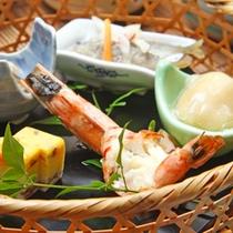 季節折々の食材を使用した前菜です。