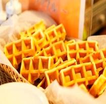 朝食に美味しいワッフル♪