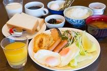 ご朝食盛り付け例