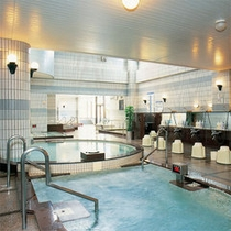 16種類のお風呂が楽しい!大浴場