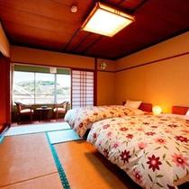 オーシャンビュー♪和室にセミダブルベッドが2台あるツインタイプのお部屋です