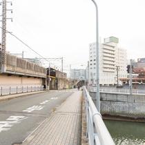★ホテル目の前の橋(御笠川)★