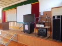 舞台付講堂内にある各種研修用備品&音響・映像機器