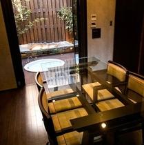 【デザイナーズ離れ】1階・お食事室