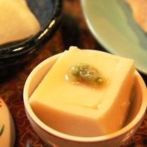 朝食 手作りゴマ豆腐