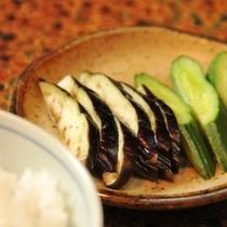 夕食 漬物2種 (1)