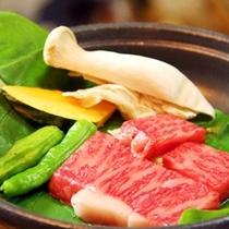 夕食 飛騨牛サイコロステーキ (1)