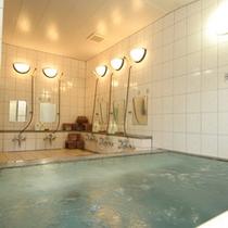*【お風呂】人工のラジウム温泉風呂。1日の疲れをリフレッシュ!