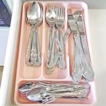 *スプーン・フォークなど食器類も充分に取り揃えております