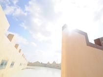 【屋上】沖縄の空の広さを感じてください!