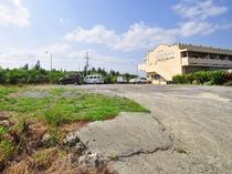 【駐車場】駐車場は広々余裕のスペースです