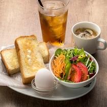 LAD'S DE WINE朝食(一例)