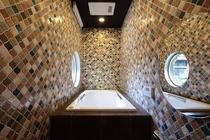 1階離れ 浴室