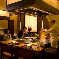 日本料理「源氏」