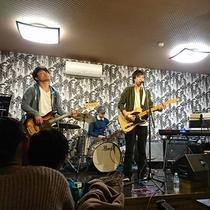 """カフェレストラン「彩""""aya""""」では様々なジャンルのライブを開催しております"""