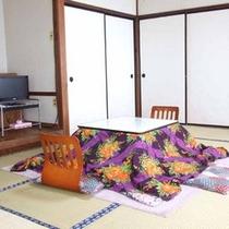*【客室一例】どこか懐かしくホッとするお部屋です。