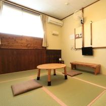 【和室】ロビー横の6畳のお部屋です。