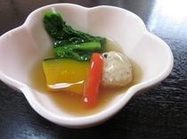季節の野菜の蒸し物