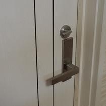 女性部屋鍵