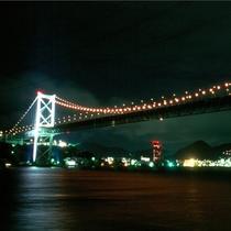 【関門橋】九州と山口と繋ぐ、関門海峡のシンボル!全長1,068m、東洋有数の規模の吊橋です。