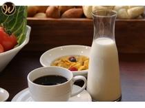【朝食】 飲み物もおかわり自由