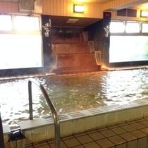 女性 天然温泉大浴場
