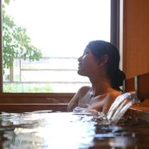畳敷きの貸切風呂『和の湯』
