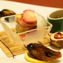 ご夕食一例(季節の前菜)/色鮮やかで味わいだけでなく目でもお愉しみ頂けます。