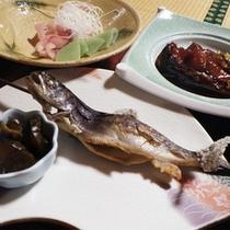 *【お料理一例】少食の方でも食べやすい、お魚や山の幸中心の料理。