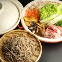 夕食_そばきり鍋(ウィンターシーズンのメイン)