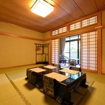 *和室(客室一例)/畳の香りがほのかに薫るお部屋でのんびりとお寛ぎ下さい。