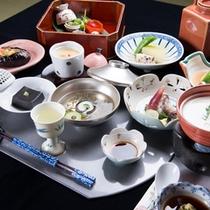 *お夕食一例/旬の素材にこだわった、心尽くしの京風茶会席料理をご堪能下さい。