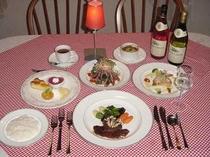 ディナー一例(オ-ドブル・ス-プ・魚料理・肉料理・デザ-ト・コ-ヒ-)