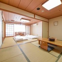 *【和室18畳一例】広々とした和室は、グループやファミリーでもゆったりとおくつろぎいただけます。