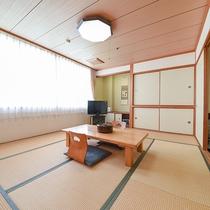 *【和洋室一例】寛ぎの時間は畳で!足を伸ばしてお過ごし下さい。