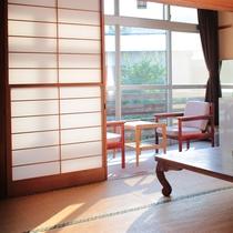 *【客室一例】日当たりの良い客室でのんびりお寛ぎください。