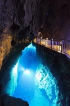 日本三大鍾乳洞のひとつ「龍泉洞」