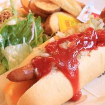 *【昼食例】美味しいランチに思わずにっこり♪