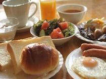 ■朝食:手づくりメインのメニュー
