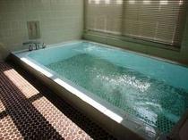109. 大人数でもラクラクの大きなお風呂が2箇所あります 【〜15名様:しゃくなげ18号館】