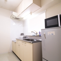 *客室一例/マンションタイプのお部屋にはキッチン、電子レンジ付き。