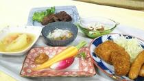 マグロの味噌焼きとおかぁさんちの採れたて野菜をまるかじり!