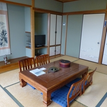 *お部屋(一例)真鶴の海を見ながら、ごゆっくりとお過ごしください。