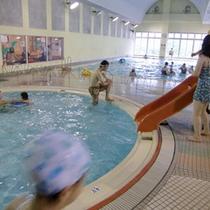*【プール】お子様も利用OK。気持ちのいい汗を流しましょう。